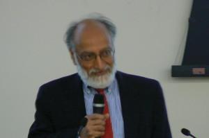 F Pr Teepu SiddiqueP1040303