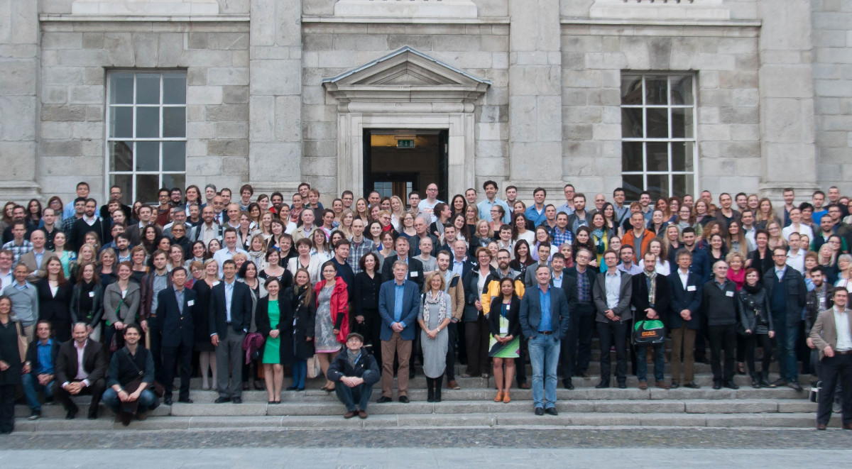 ENCALS 15  photo groupe Dublin